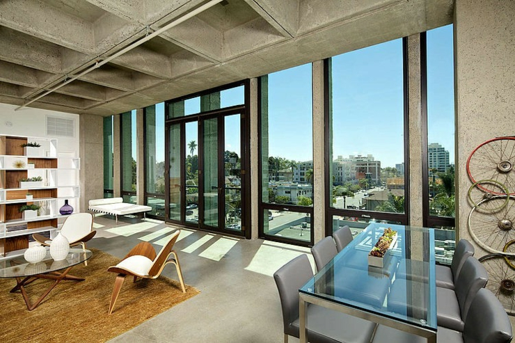 Loft industriel la belle vue sur la ville de san diego for Interieur loft new york