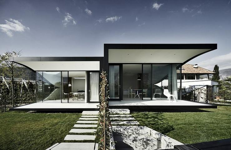 Maison miroir pour des vacances en montagne inoubliables for Architecture originale maison