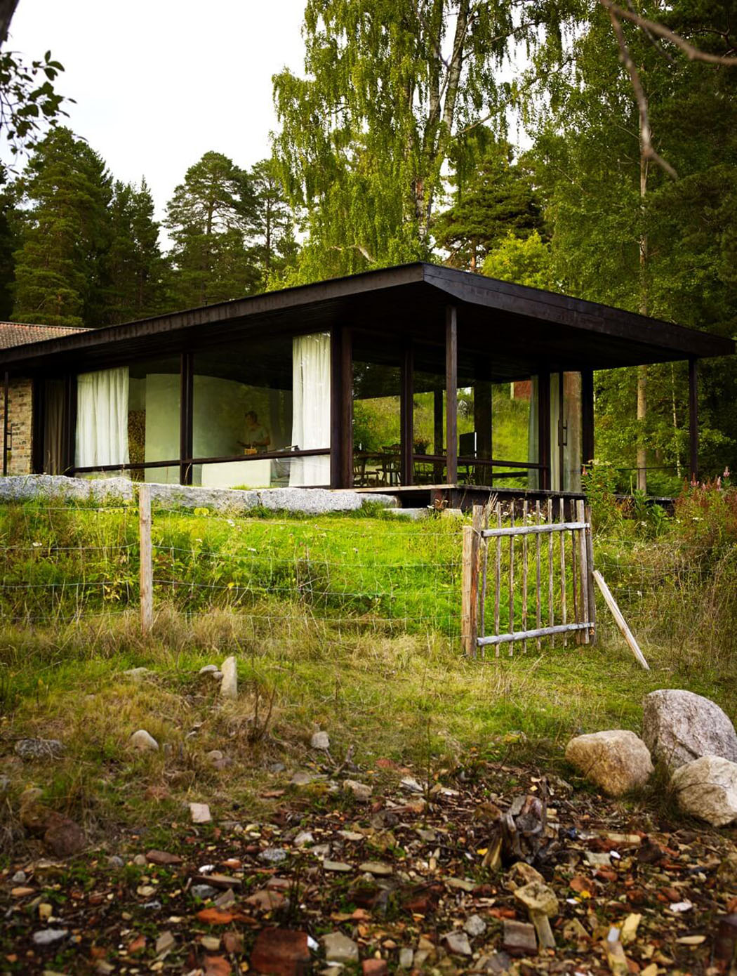 Int ressante et originale maison d architecte de plain for Architecture scandinave contemporaine