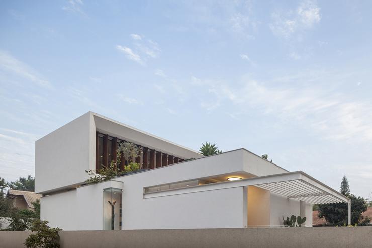 Superbe maison d architecte dans les environs de tel aviv vivons maison - Maison rustique luxe montecito grant ...