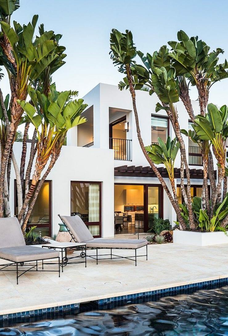 Belle maison d architecte situ e dans la c l bre ville des for Beach holiday house designs