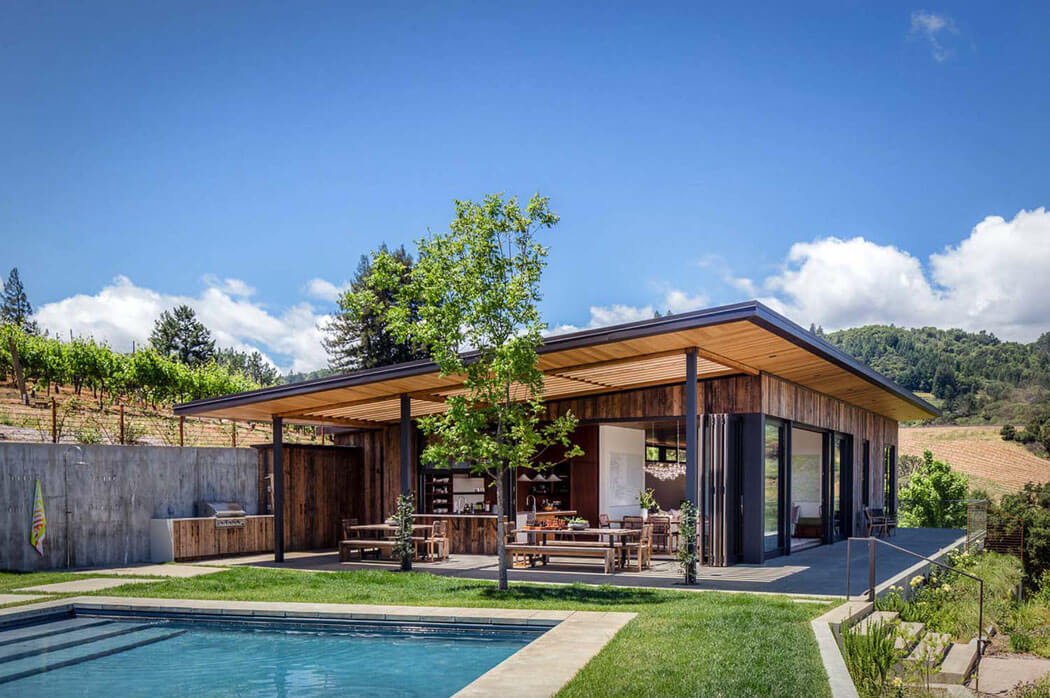 Vivre au c ur des vignobles maison secondaire moderne et for Exterieur maison campagne