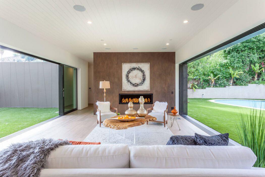 Belle maison neuve los angeles caract ris e par une architecture moderne et - Construction maison style ancien ...