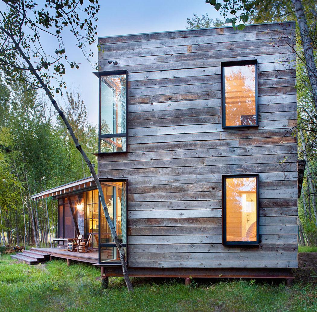 Mini Chalet En Bois - Superbe chalet rustique niché au c u0153ur d u2019un cadre verdoyant avec vue sur un lac Vivons maison