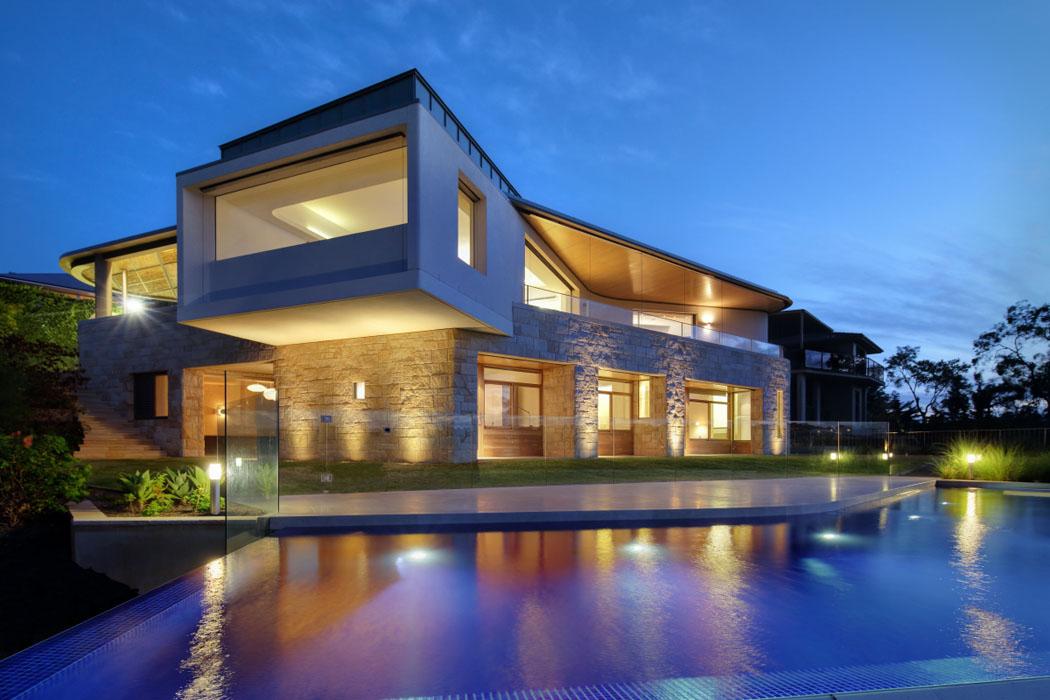 Magnifique maison avec vue construite pr s de la ville de - Magnifique maison renovee eclectique coloree sydney ...