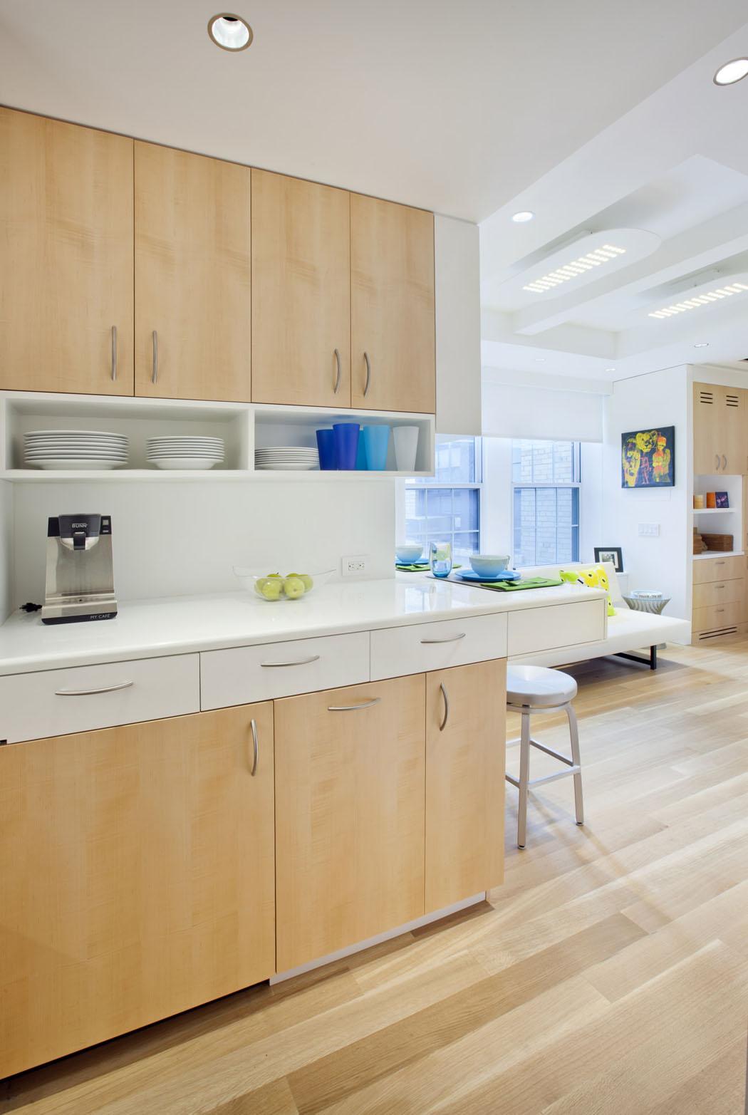 Joli petit appartement à new york au design fonctionnel et