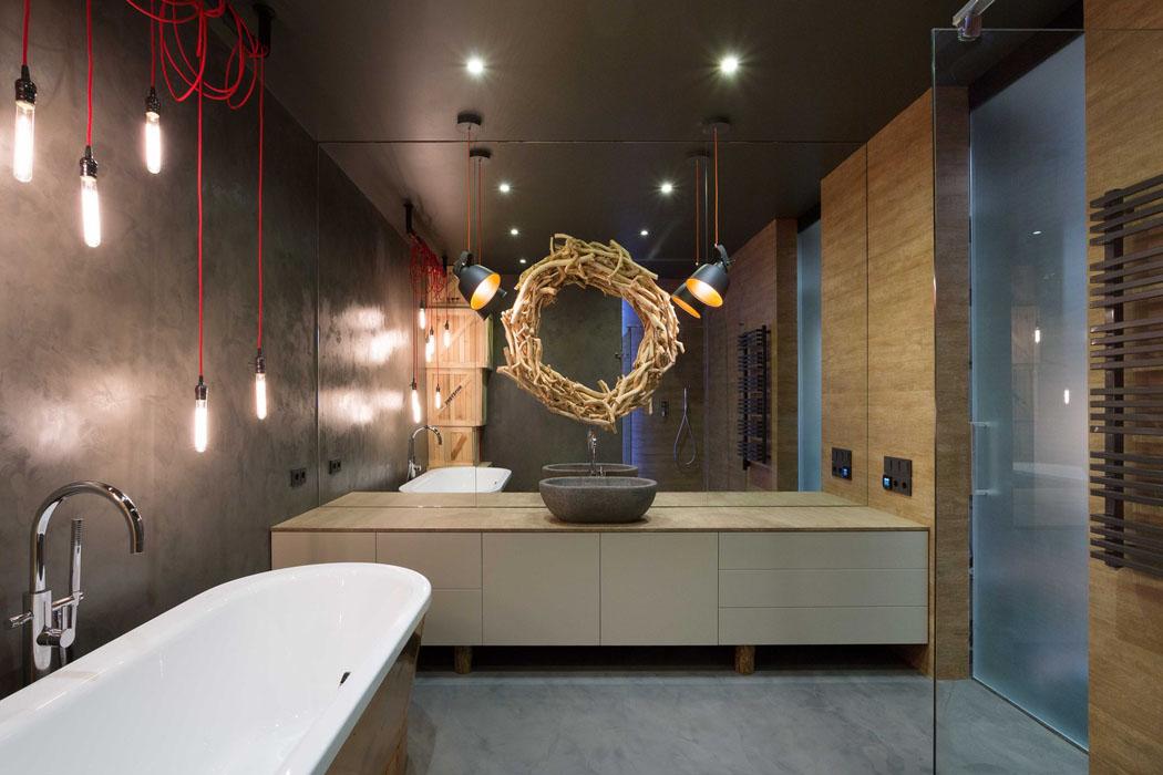 Beau loft industriel kiev au design int rieur r solument - Salle de bain loft ...