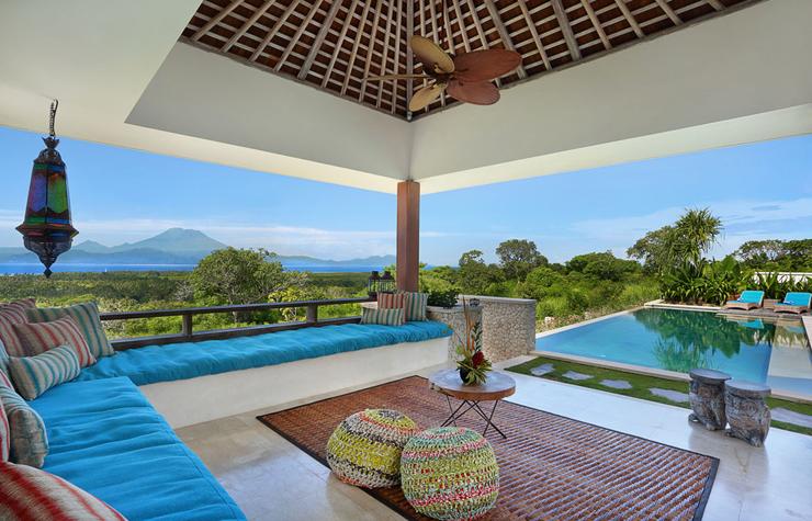Villa de rêve avec vue paradisiaque sur la mer