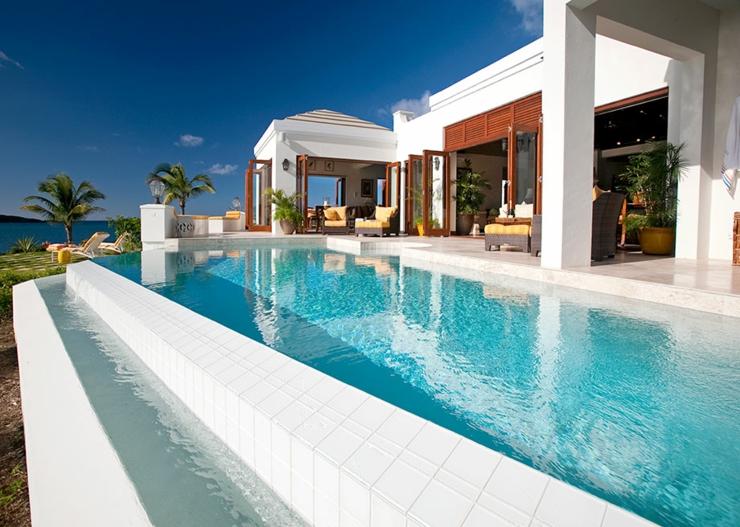 Villa de vacances exotiques aux iles vierges vivons maison for Alarme piscine home beach