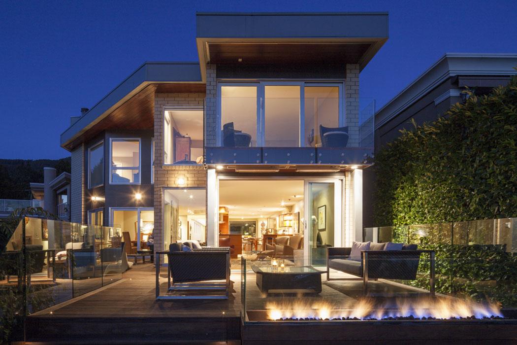 Architecture moderne et clectique de cette ancienne maison r nov e reliant l exotisme et le - Architecture moderne residentielle schmidt lepper ...