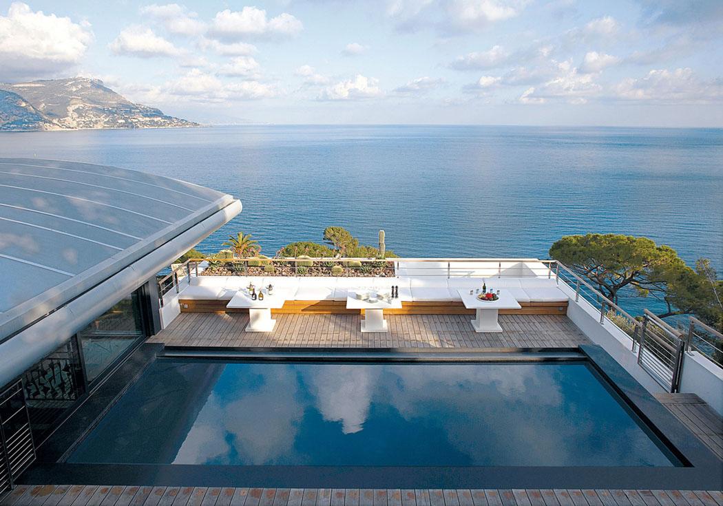 Magnifique villa de r ve saint jean cap ferrat offre une for Piscine st meen le grand