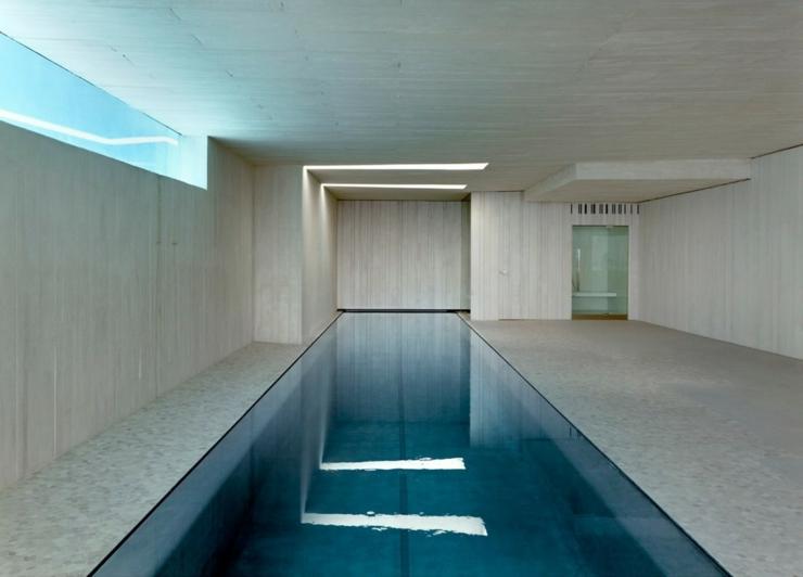 Magnifique villa de luxe minorque espagne vivons maison for Piscine interieure de luxe