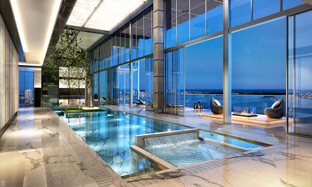 Un penthouse miami ou le design luxueux et la vue for Piscine interieure de luxe