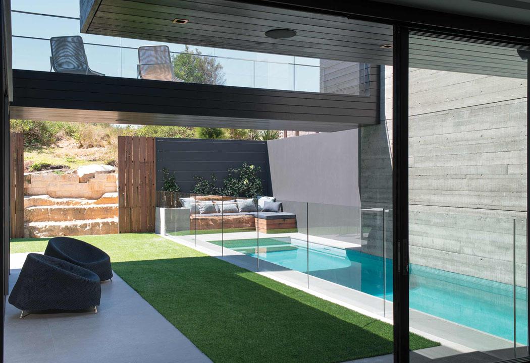 Belle maison de ville sydney l int rieur design tr s for Maison jardin piscine