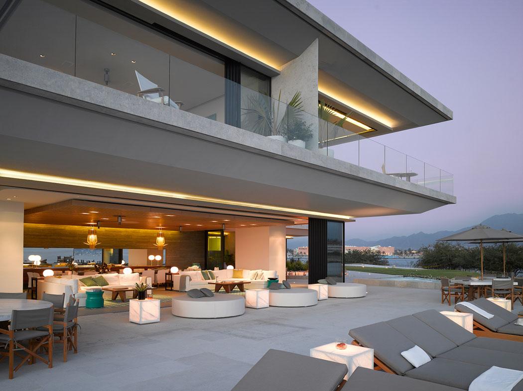 Maison neuve avec vue sur l eau l architecture inspir e for La casa stupefacente progetta l australia