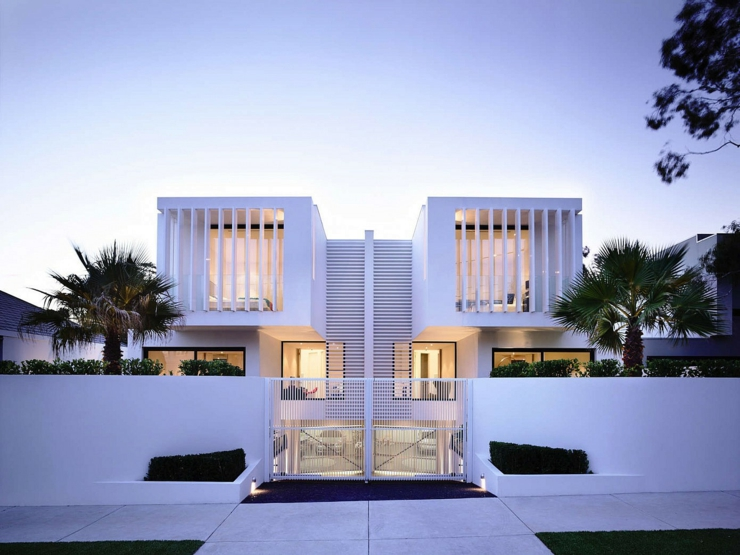 plan maison mitoyenne moderne