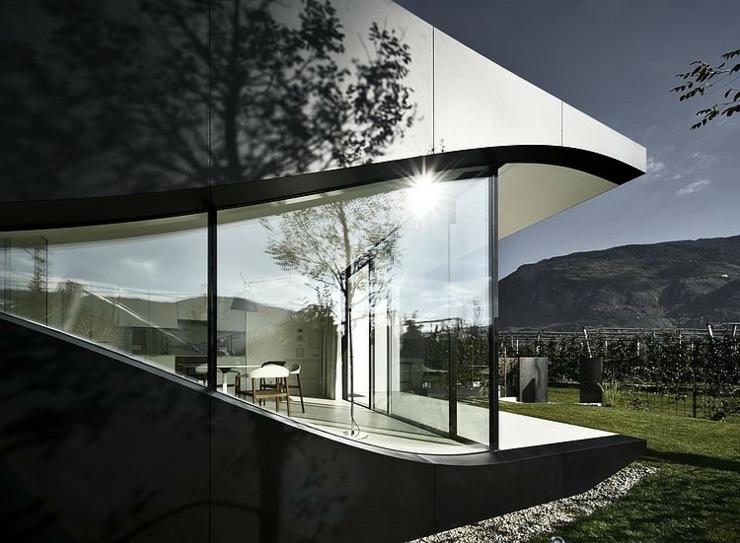 Maison miroir pour des vacances en montagne inoubliables - Maison architecture contemporaine grupo arquitectura ...