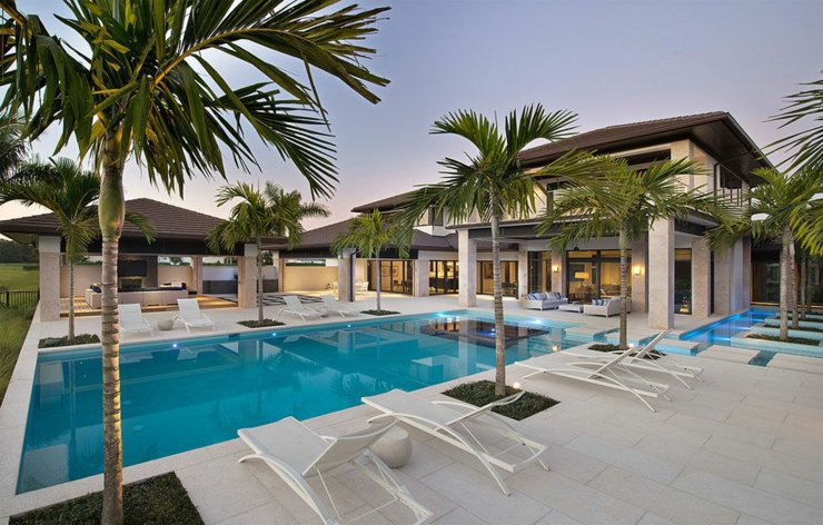 Prestigieuse maison de vacances en floride vivons maison for Villa avec terrasse couverte