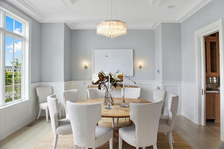 maison neuve l int rieur baign par la lumi re dans les hamptons etats unis vivons maison. Black Bedroom Furniture Sets. Home Design Ideas