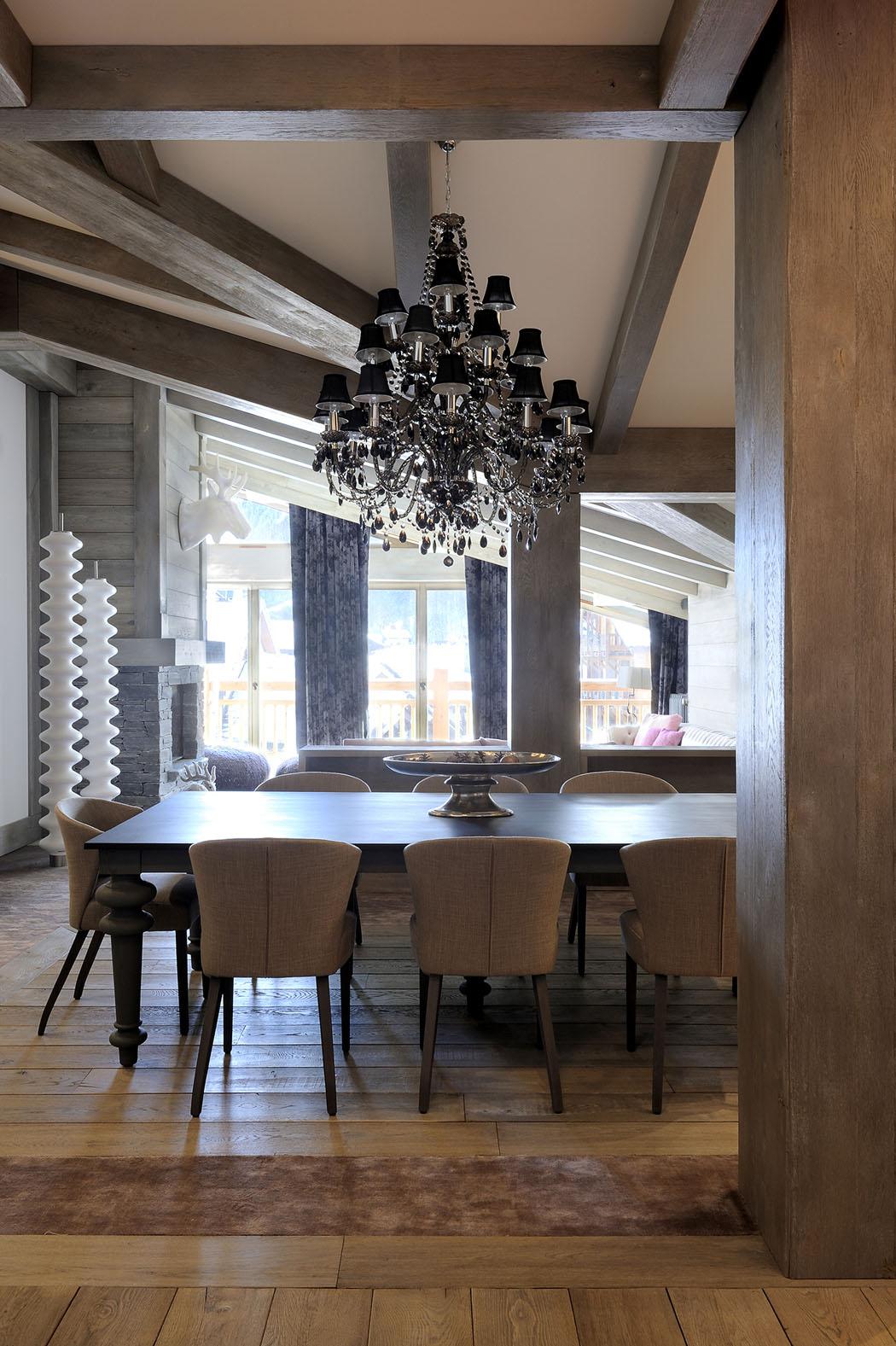 Joli appartement de vacances val d is re au design for Salle a manger cocooning