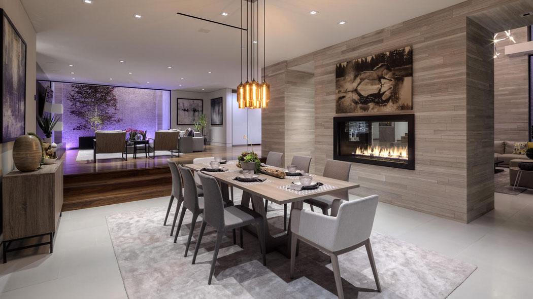 une propri t de prestige avec vue imprenable sur hollywood vivons maison. Black Bedroom Furniture Sets. Home Design Ideas