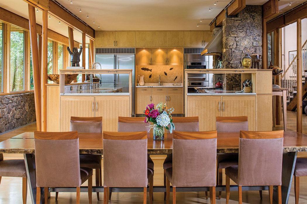 moderne et accueillante maison en bois au c ur de la montagne de montana vivons maison. Black Bedroom Furniture Sets. Home Design Ideas