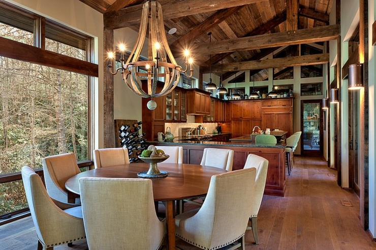 Chalet en bois luxueux b ti au dessus d un cours d eau for Interieur d un couvent streaming