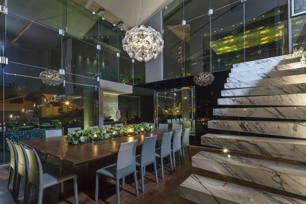 maison contemporaine de ville situ e au c ur du mexique vivons maison. Black Bedroom Furniture Sets. Home Design Ideas