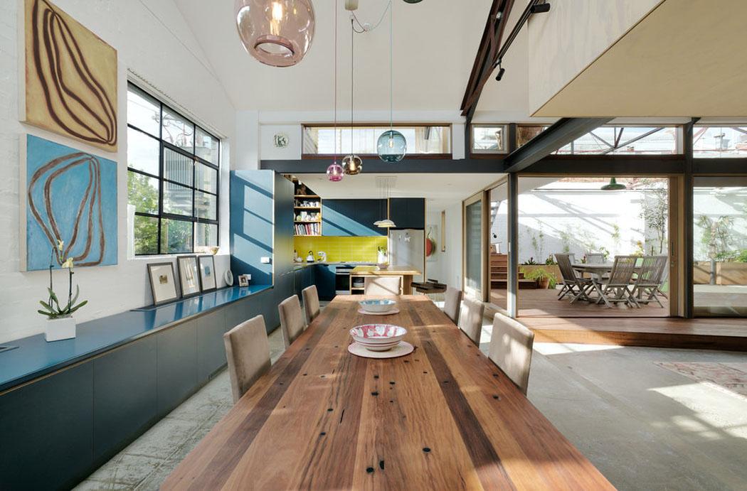 R novation loft projet cr atif et original au centre de for Salle a manger loft