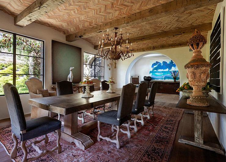 Villa de luxe de style m diterran en malibu vivons maison for Salle a manger de luxe