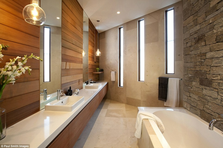 salle de bains aux touches rustiques et modernes - Salle De Bain Contemporaine Luxe