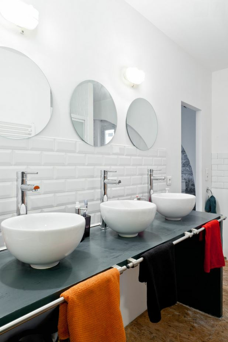 Loft industriel au design int rieur d inspiration for Salle de bain style industriel