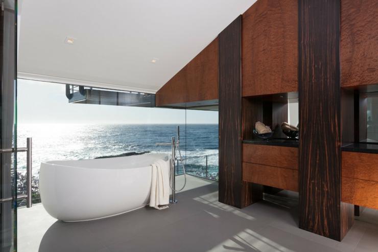 Architecture moderne pour une maison californienne perchée sur la ...