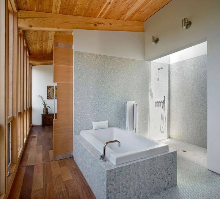 Maison en bois sebastopol en californie vivons maison for Salle de bain originale