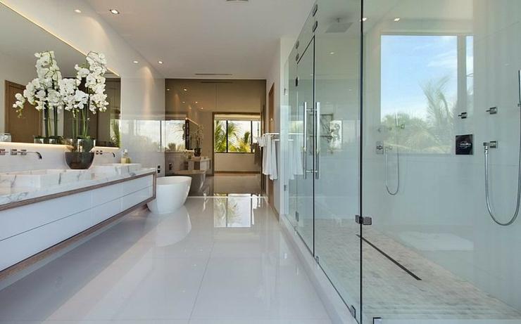 Maison de luxe miami beach floride vivons maison for Salle de bain luxe design