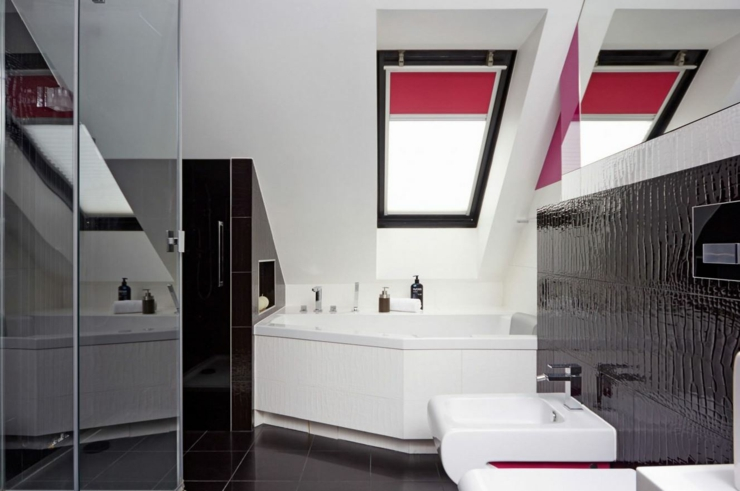D co maison en rouge pour un appartement moderne vivons maison - Baignoire moderne luxueuse ...