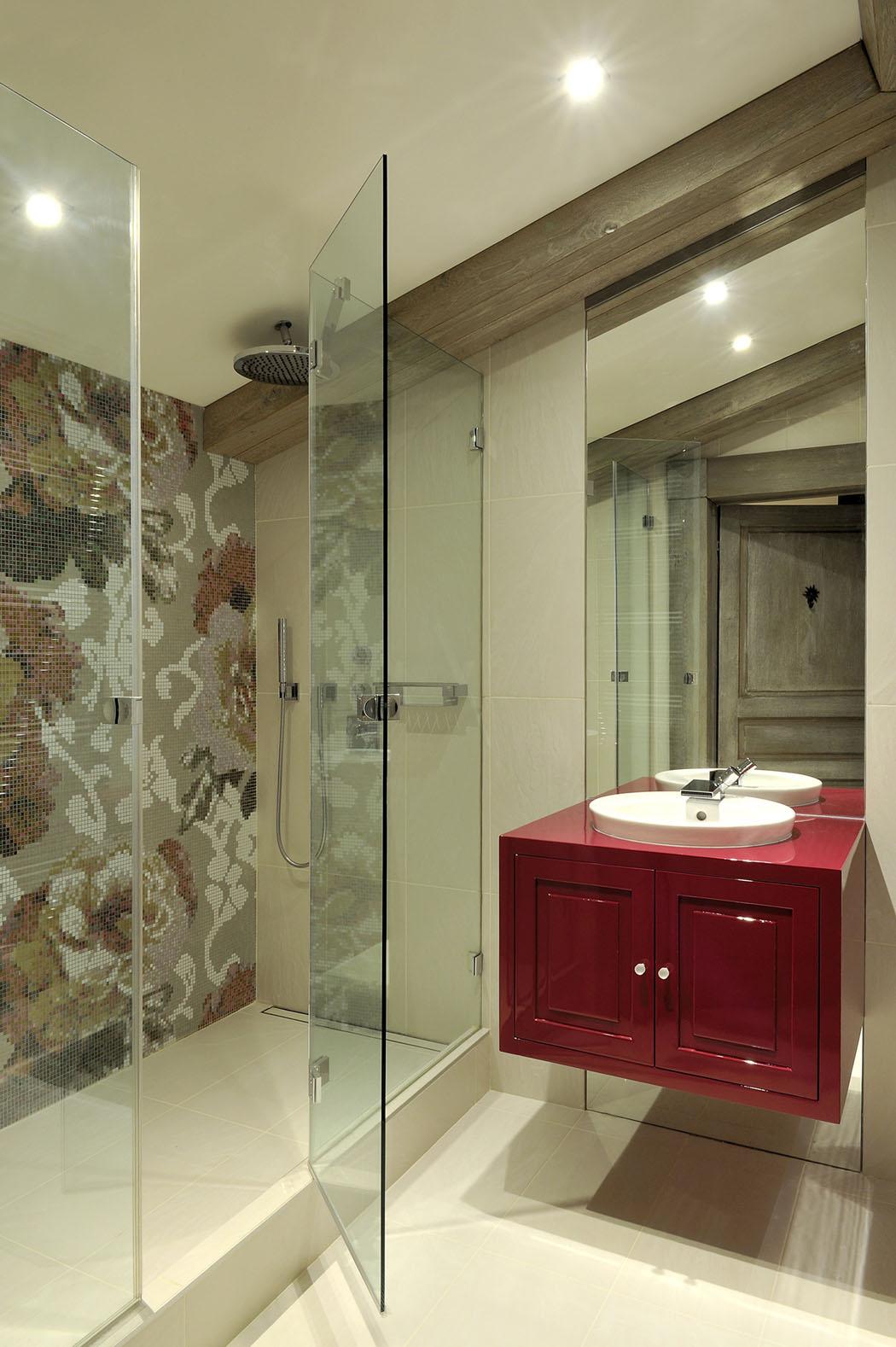 Joli appartement de vacances val d is re au design l gant et accueillant vivons maison for Maison contemporaine italienne