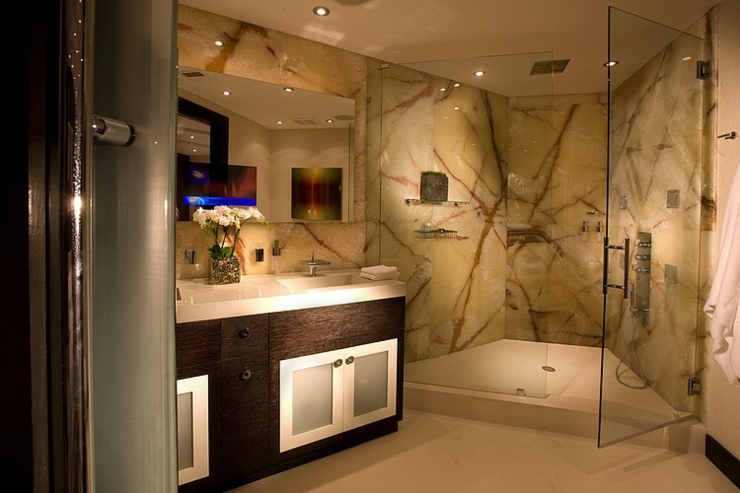 l gant appartement avec vue sur la mer miami vivons. Black Bedroom Furniture Sets. Home Design Ideas