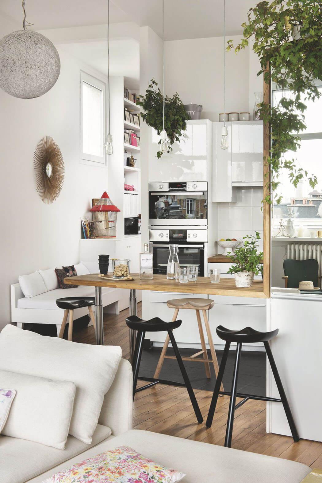 Bel Appartement Parisien Avec Superbe Vue Sur La Basilique Du