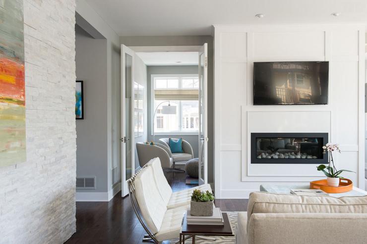 Cheminée intégrée et contemporaine pour un intérieur design chaleureux