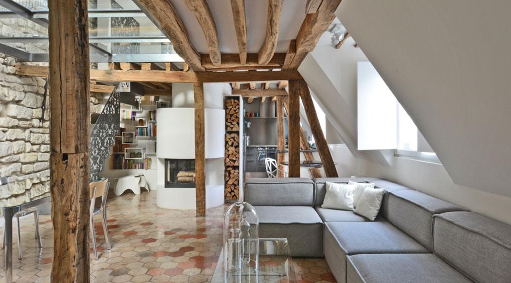 Un appartement en duplex au design moderne pas comme les - Deco appartement duplex contemporain ...