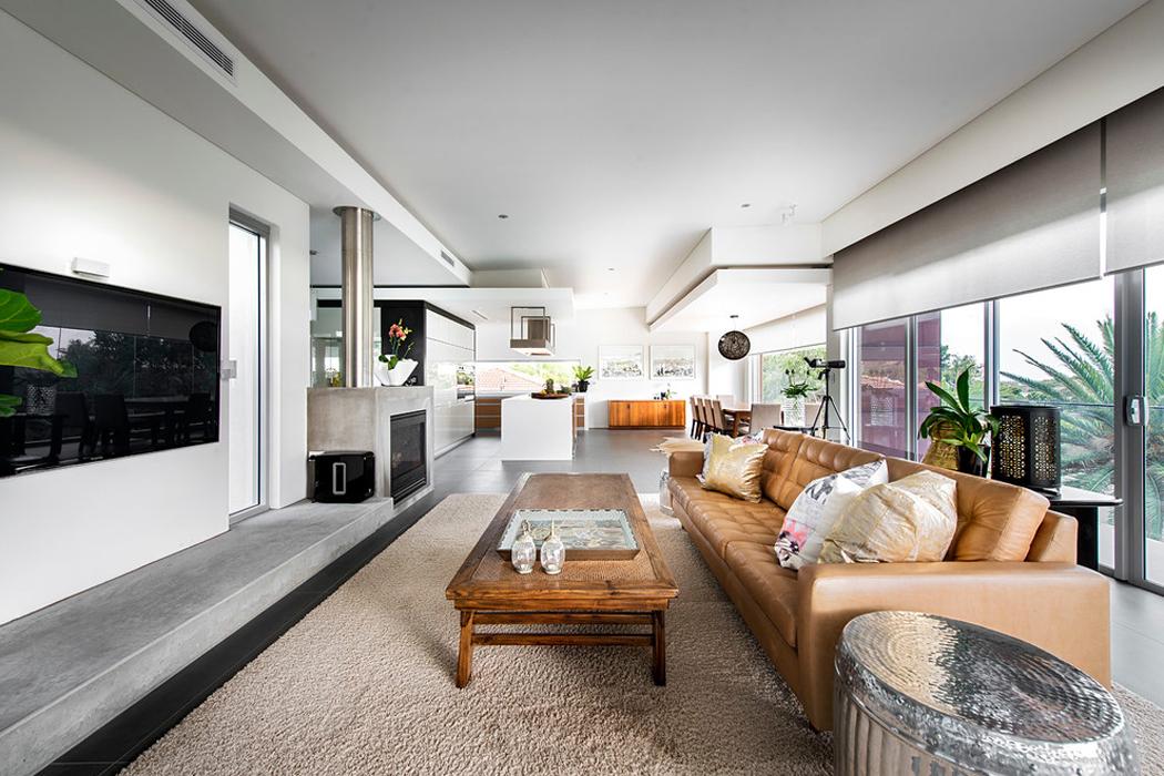 Jolie maison contemporaine construite dans la ville for Residence luxe
