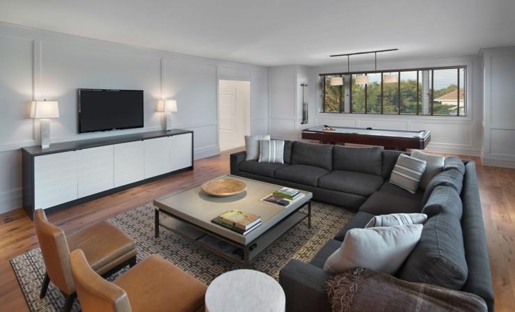 Salon De Luxe Moderne Avec Télé : Prestigieuse maison de vacances en floride vivons