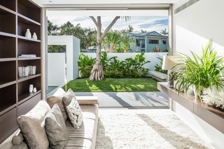 L l gance et le style contemporain d une maison d for Piscine mur mobile