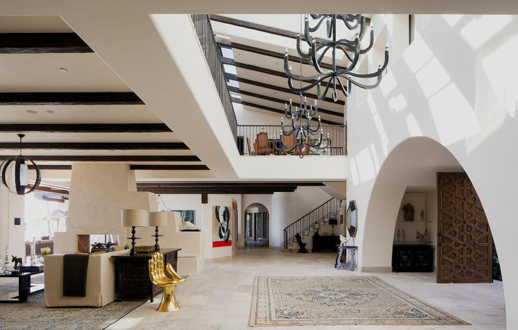Un ranch am ricain modernis californien l int rieur luxueux et rustique vivons maison for Interieur de luxe maison