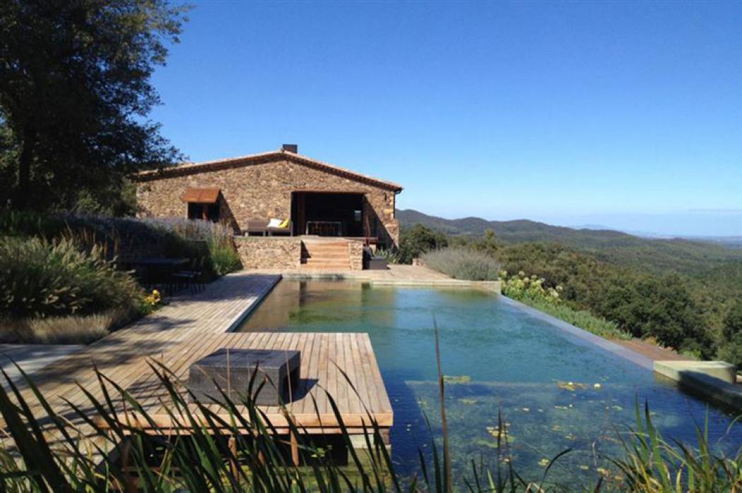 Maison ancienne rénovée avec vue imprenable en Catalogne | Vivons maison