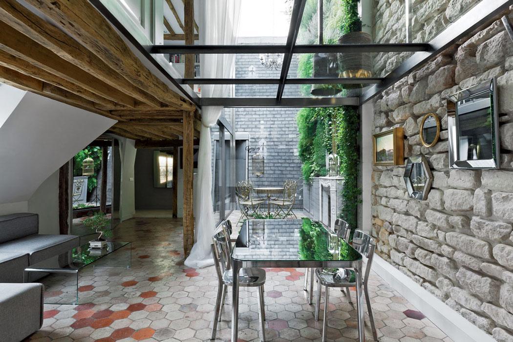 Un appartement en duplex au design moderne pas comme les - Interieur appartement original et ultra moderne a paris ...