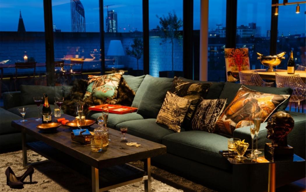 Décoration Loft Bien Masculine Pour Un Célibataire Riche à Londres. Loft  Londonien Deco Design Moderne