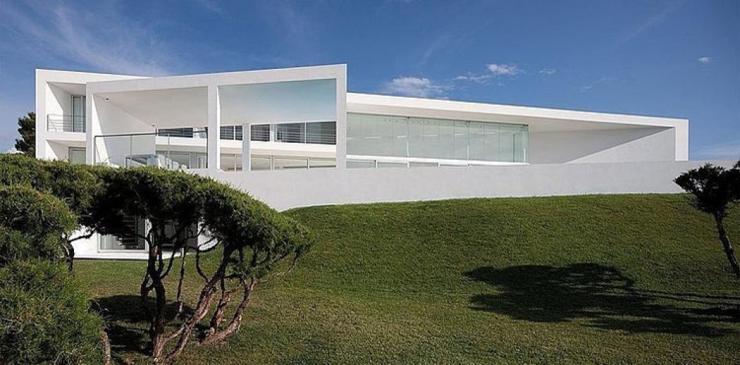 architecture contemporaine villa de luxe espagne
