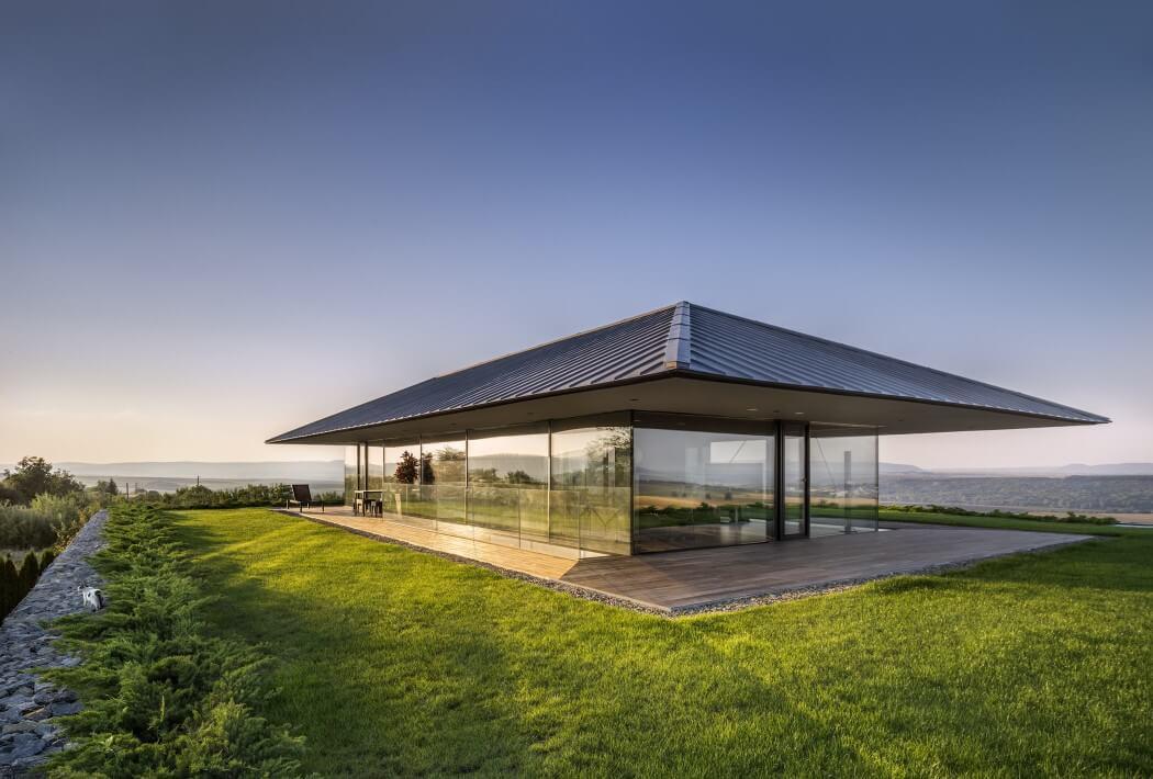 belle maison moderne d'architecte avec belle vue